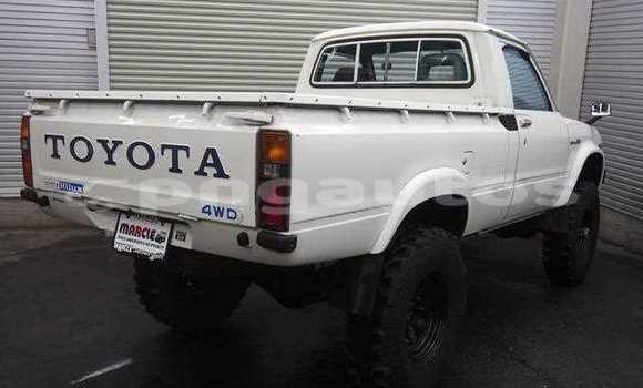Buy Used Toyota Hilux Other Car in Porgera in Enga