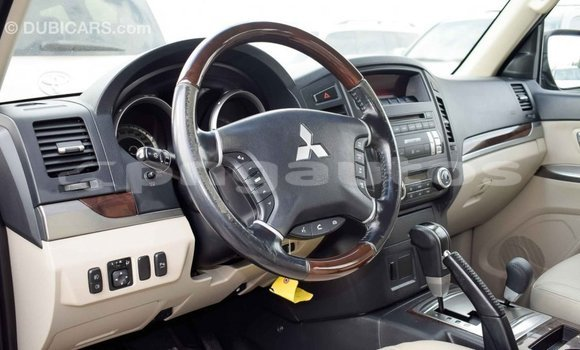 Buy Import Mitsubishi Pajero Black Car in Import - Dubai in Enga