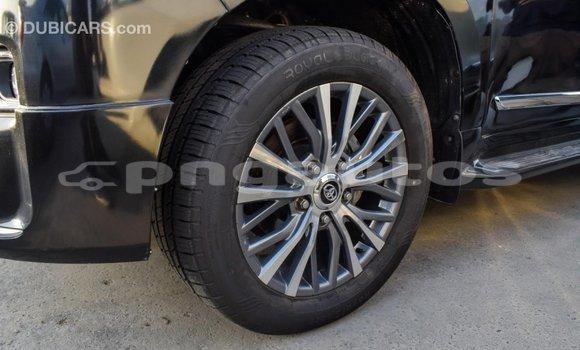 Buy Import Toyota Land Cruiser Black Car in Import - Dubai in Enga
