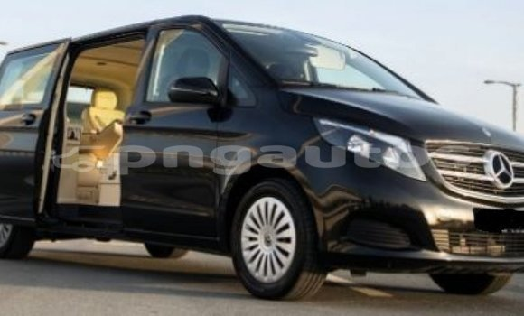 Buy Import Mercedes-Benz 250 Black Car in Import - Dubai in Enga