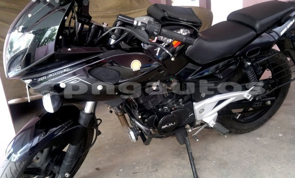 Medium with watermark bajaj pulsar 220 with awesome graphics avec pulsar 220 white graphic et pulsar 220 graphics stickers pulsar 220 dtsi avec s15e2p et pulsar bike stickering models 68 1600x1200px pulsar bike stickering