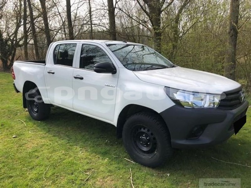 Buy Used Toyota Hilux Surf White Car In Port Moresby In