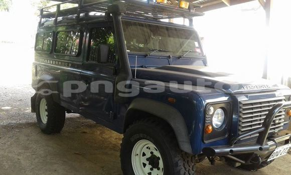 Buy Used Land Rover Defender Other Car in Kundiawa in Simbu