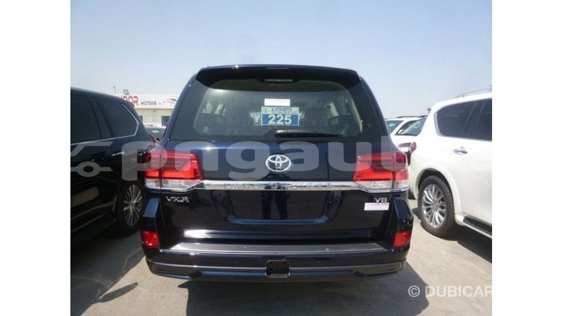Big with watermark 78feab9a add4 467d 8d78 bc530d4e68a4
