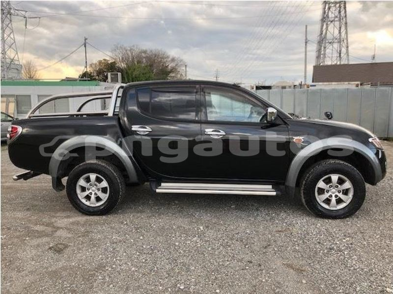 Big with watermark mitsubishi triton national capital district port moresby 4039