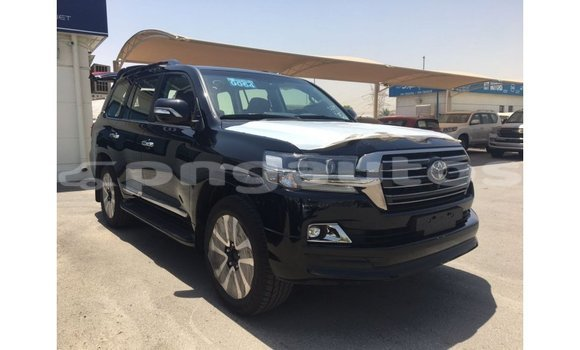 Medium with watermark toyota land cruiser enga import dubai 4083
