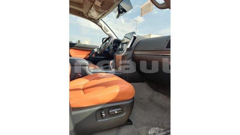 Big with watermark toyota land cruiser enga import dubai 4230