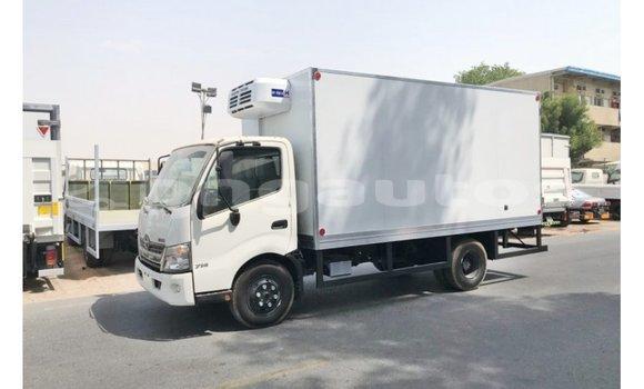 Medium with watermark hino 300 series enga import dubai 4352