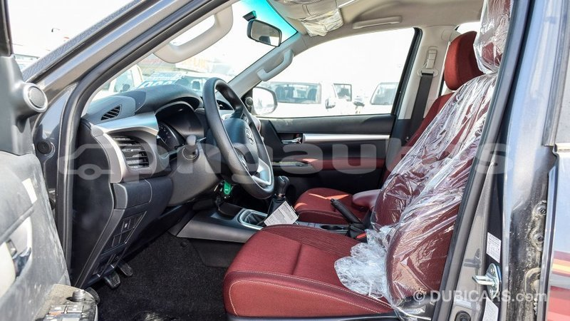 Big with watermark toyota hilux enga import dubai 4436
