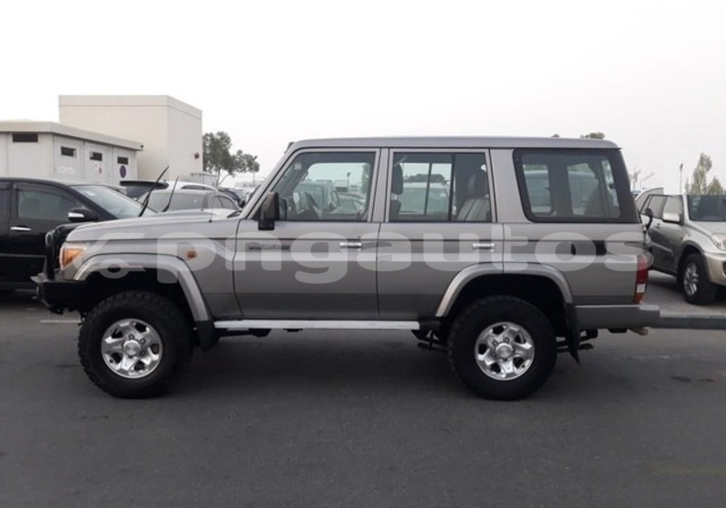 Big with watermark toyota land cruiser national capital district port moresby 4508