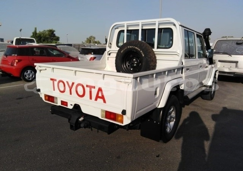 Big with watermark toyota land cruiser national capital district port moresby 4509
