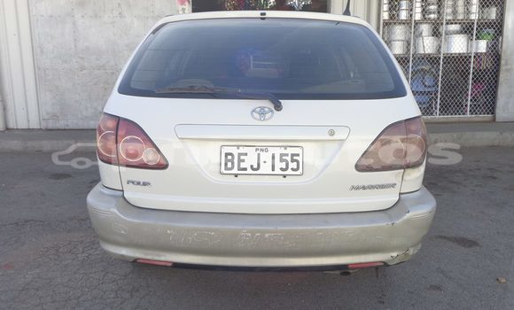 Buy Used Toyota Harrier Other Car in Lorengau in Manus