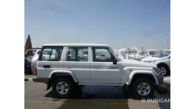 Big with watermark toyota land cruiser enga import dubai 4621