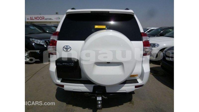 Big with watermark toyota prado enga import dubai 4659