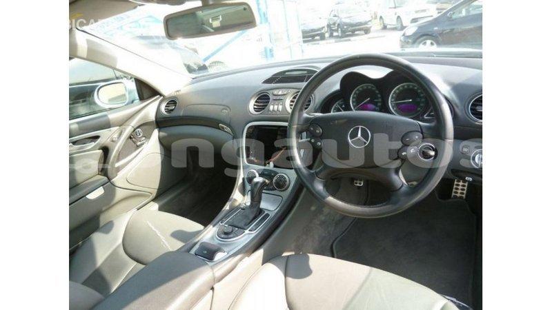 Big with watermark mercedes benz 190 enga import dubai 4714