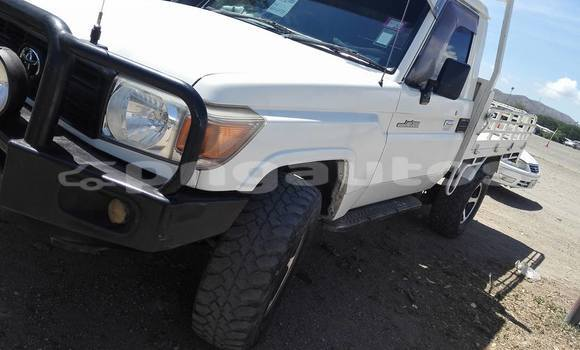 Buy Used Toyota Land Cruiser Other Car in Kundiawa in Simbu