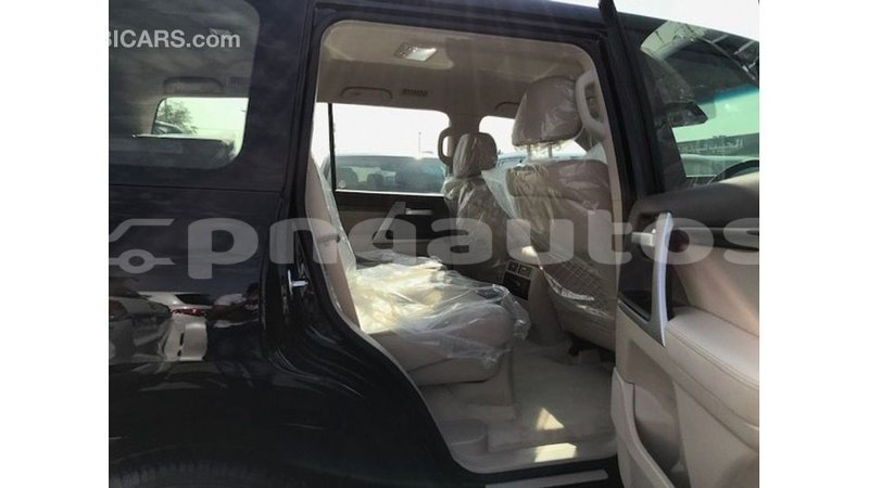 Big with watermark toyota land cruiser enga import dubai 4948