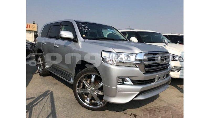 Big with watermark toyota land cruiser enga import dubai 5000