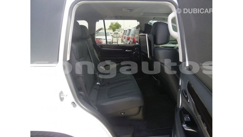 Big with watermark lexus lx enga import dubai 5008