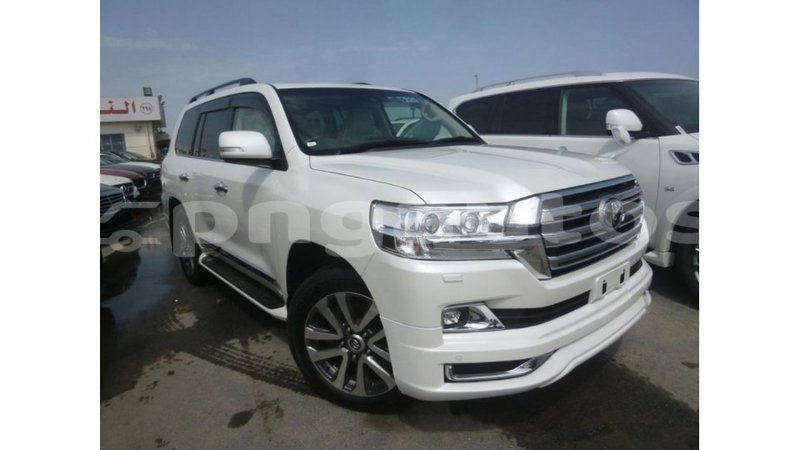 Big with watermark toyota land cruiser enga import dubai 5057