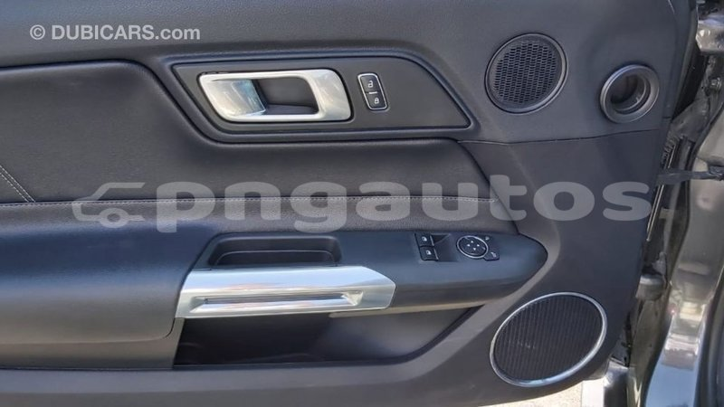 Big with watermark ford mustang enga import dubai 5064