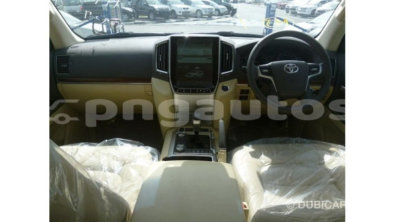 Big with watermark toyota land cruiser enga import dubai 5085