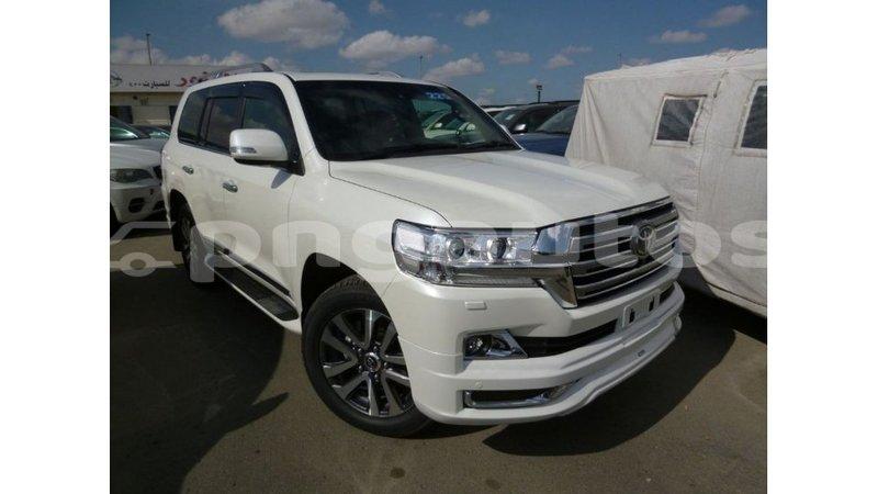 Big with watermark toyota land cruiser enga import dubai 5181