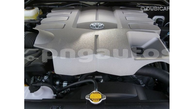 Big with watermark toyota land cruiser enga import dubai 5238