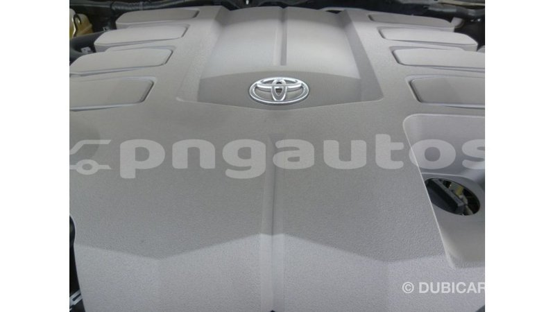 Big with watermark toyota land cruiser enga import dubai 5406