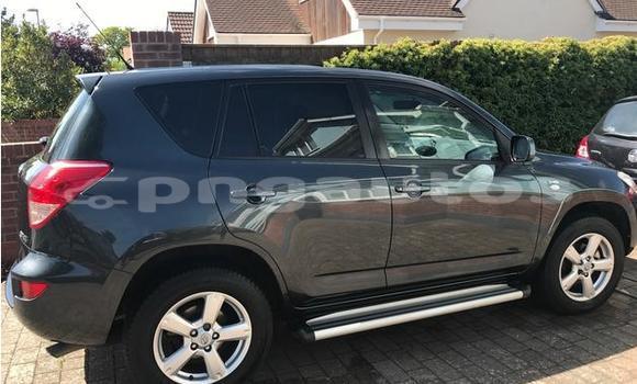 Buy Used Toyota Yaris Black Car in Angoram in East Sepik