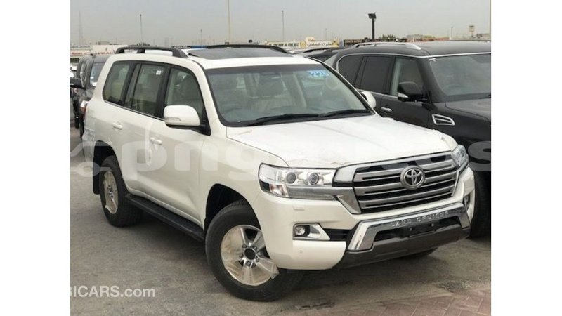 Big with watermark toyota land cruiser enga import dubai 5615