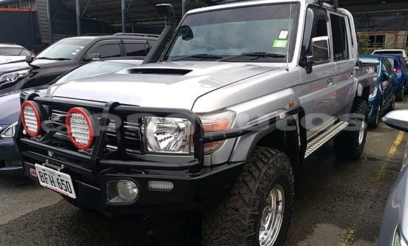 Buy Used Toyota Landcruiser Silver Car in Port Moresby in National Capital District