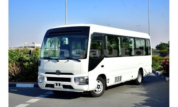 Medium with watermark toyota coaster enga import dubai 5618