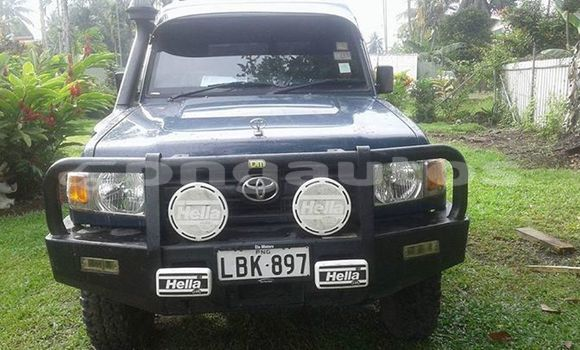Buy Used Toyota Land Cruiser Blue Car in Goroka in Eastern Highlands