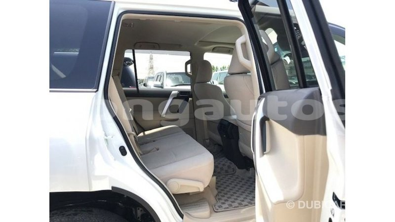 Big with watermark toyota prado enga import dubai 5644