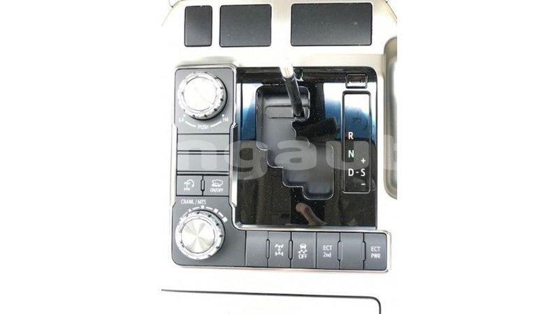 Big with watermark toyota land cruiser enga import dubai 5655
