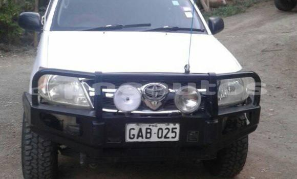 Buy Used Toyota Hilux White Car in Port Moresby in National Capital District