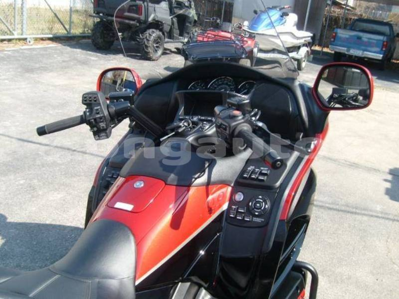 Big with watermark honda gold wing milne bay alotau 5777