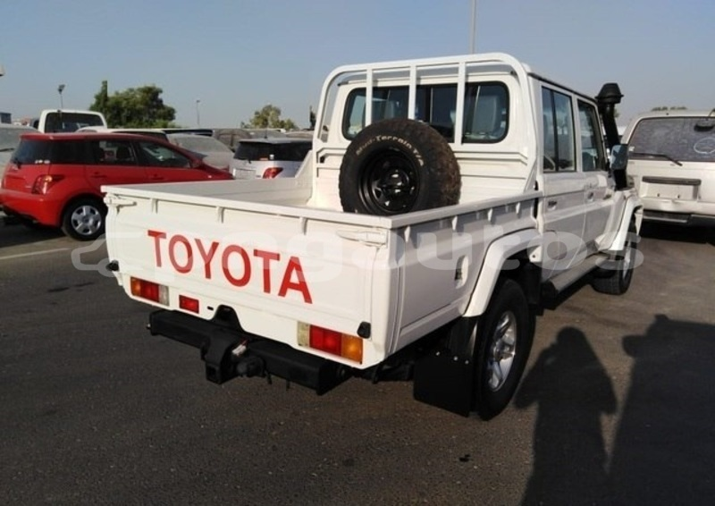 Big with watermark toyota fj cruiser national capital district port moresby 5787