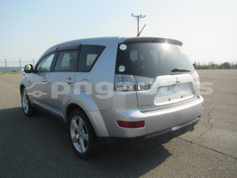 Big with watermark mitsubishi outlander national capital district port moresby 5820