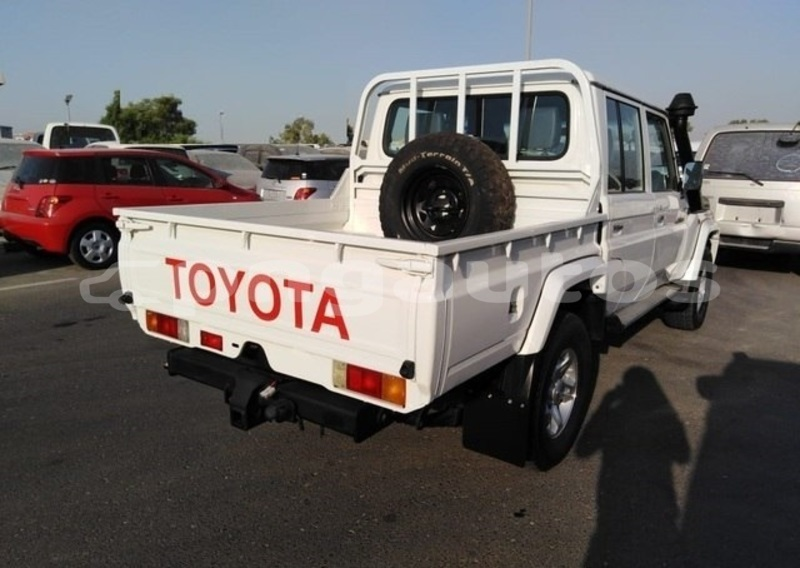 Big with watermark toyota land cruiser national capital district port moresby 5859