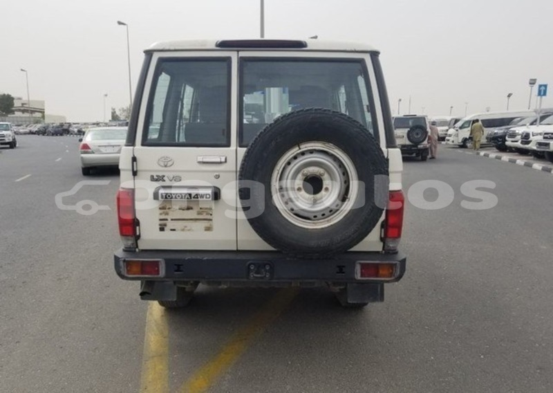 Big with watermark toyota land cruiser national capital district port moresby 5872