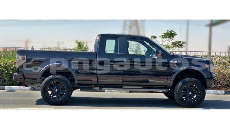 Big with watermark ford club wagon enga import dubai 5880