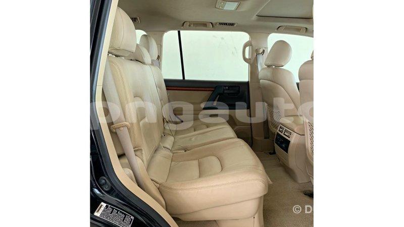 Big with watermark toyota land cruiser enga import dubai 5937