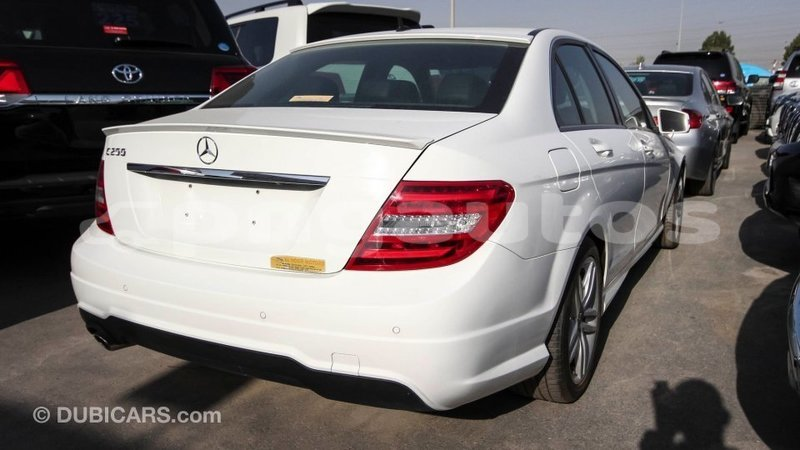 Big with watermark mercedes benz 200 enga import dubai 5945
