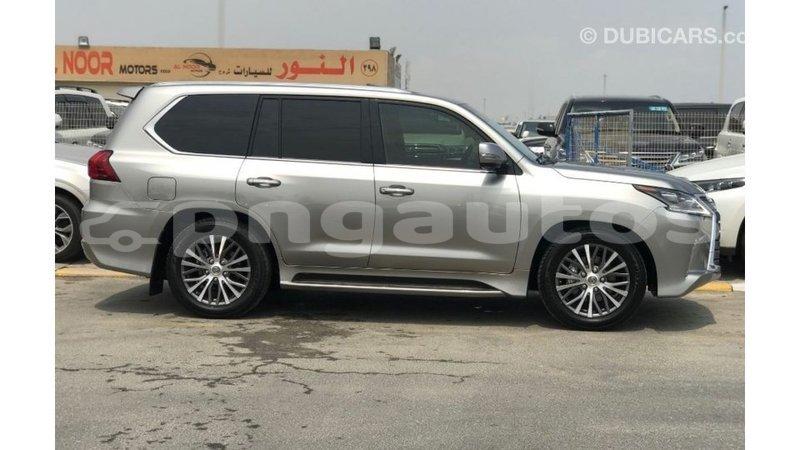 Big with watermark lexus lx enga import dubai 5949