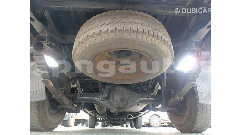 Big with watermark toyota hilux enga import dubai 5951