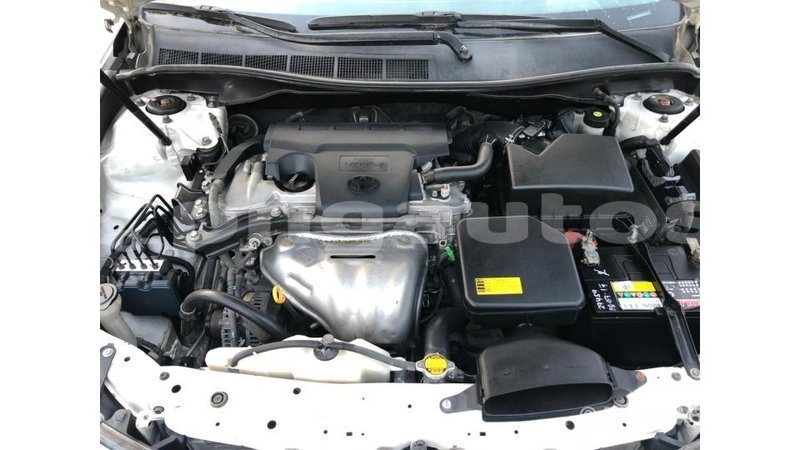 Big with watermark toyota camry enga import dubai 5996