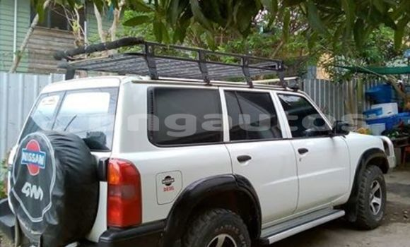 Buy Used Nissan Patrol White Car in Port Moresby in National Capital District