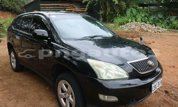 Buy Imported Toyota Harrier Black Car in Port Moresby in National Capital District